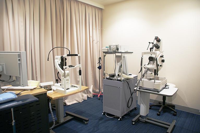 レーザー治療室